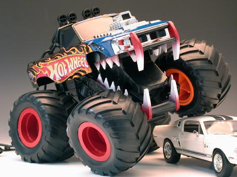 Mechanical toy truck for Mattel toys