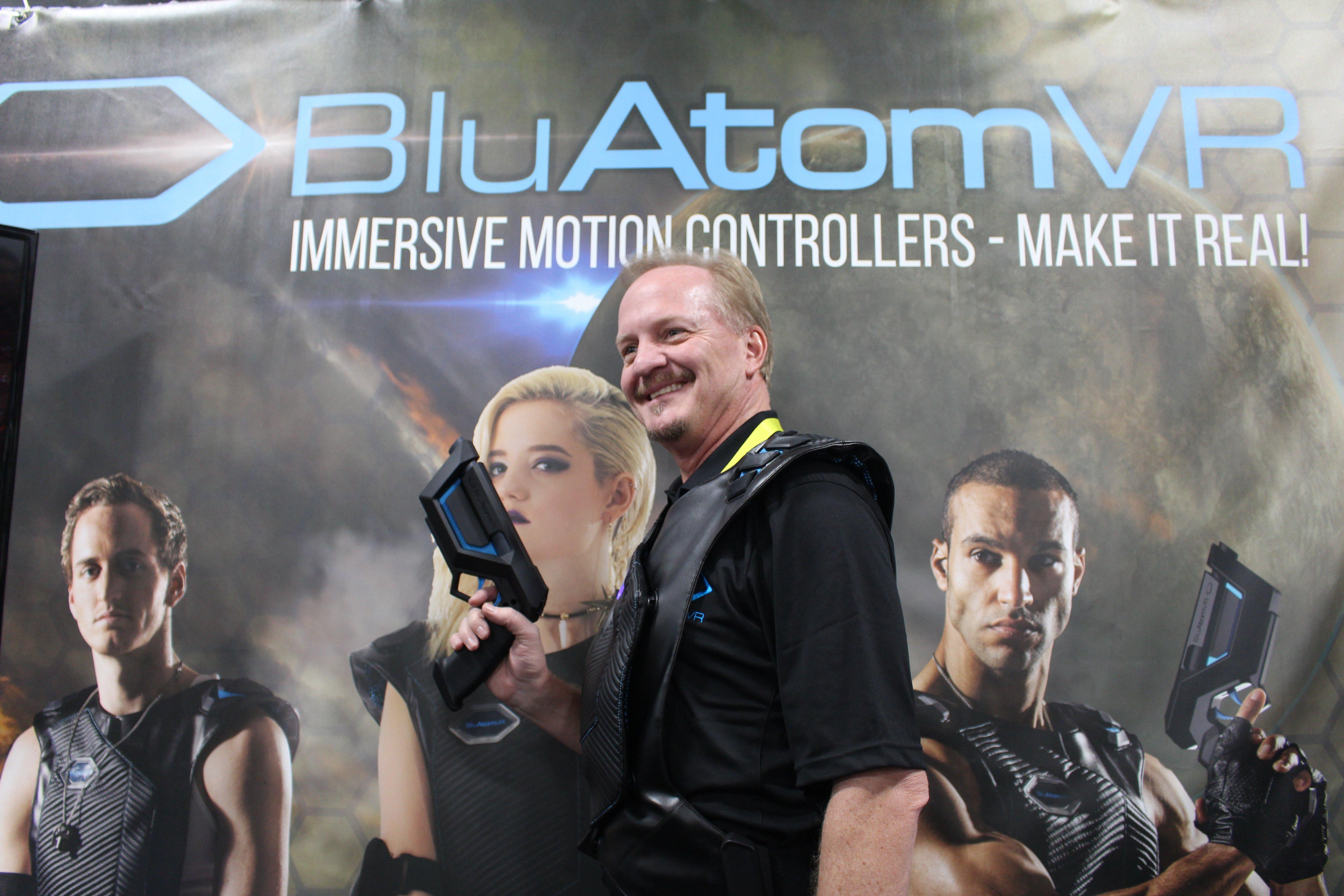 Las Vegas Comdex tradeshow-VR booth